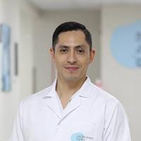 Embryologist Edgar M. González Tovar